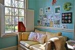 kanapa w pokoju dziecięcym